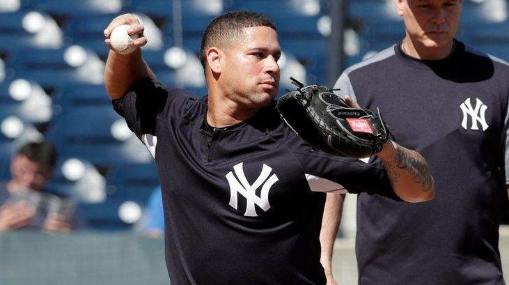 Yankees catcher Gary Sanchez works on drills at