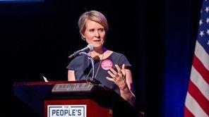 Cynthia Nixon continues to explore a run for