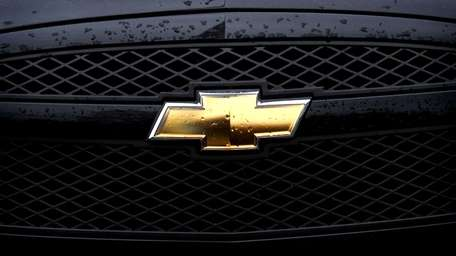 The Chevrolet badge is displayed on the grill
