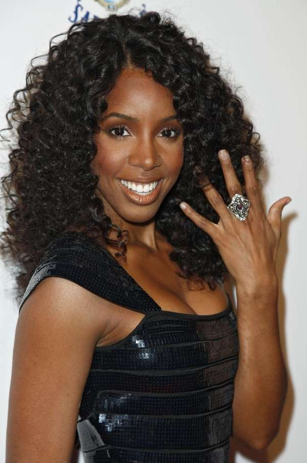 NEW YORK - JANUARY 20: Singer Kelly Rowland