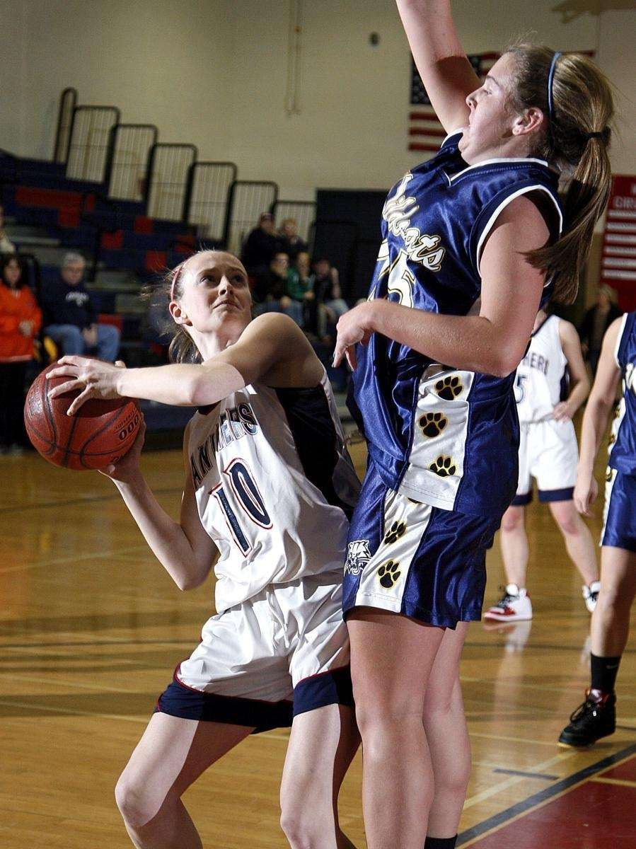 Miller Place's Kaitlin O'Connor (10) pulls up in