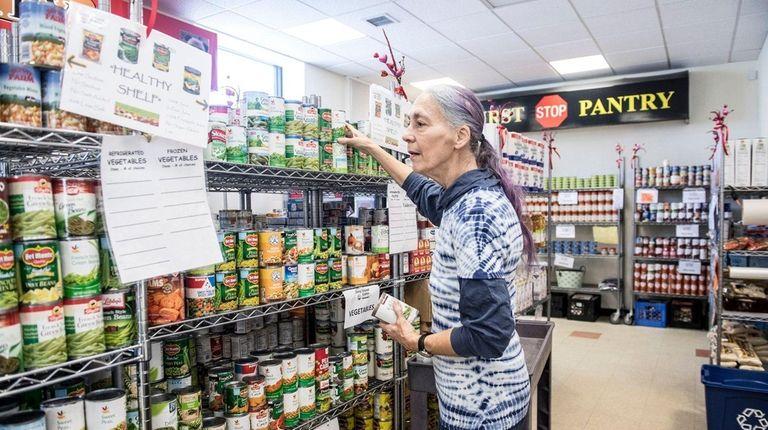 Susan Karbiner, a volunteer at Long Island Cares