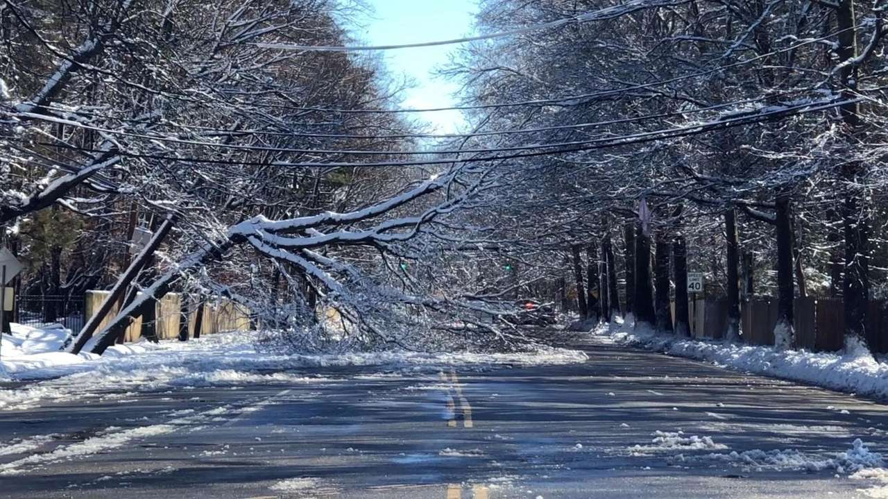 PSEG Long Island May take weekend to restore all power