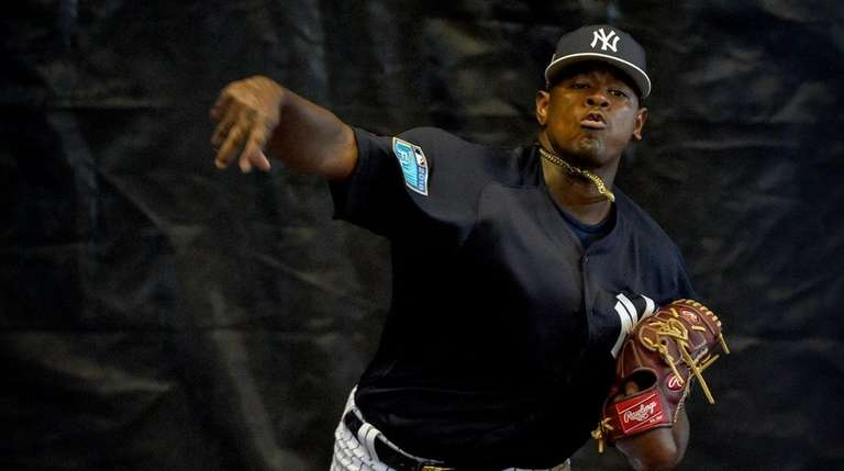 Yankees' Luis Severino throws a bullpen session on