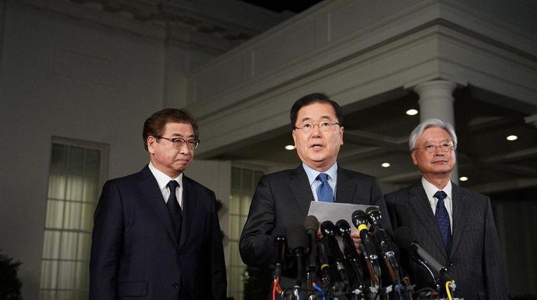 South Korean National Security Adviser Chung Eui-yong, center,