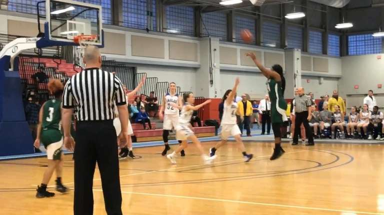 Elmont defeated Hauppauge, 56-30, to win the Long