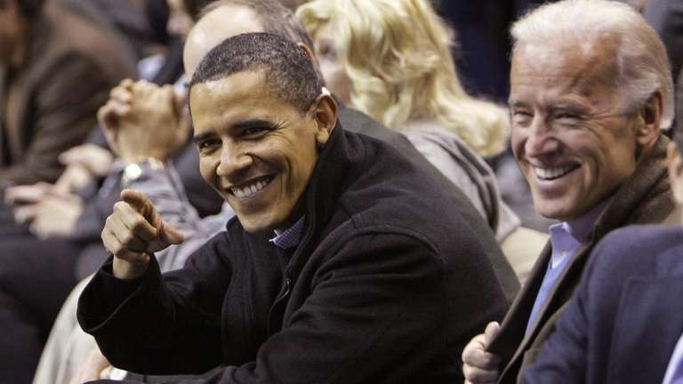 Obama Attends Duke-Georgetown Game