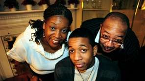 Kenneth Callier stands with his parents Shelley and