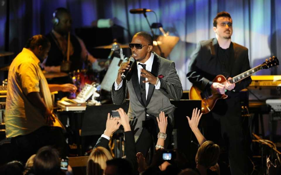 US singer Jamie Foxx performs at the Pre-Grammy