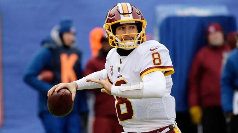 Washington Redskins quarterback Kirk Cousins (8) throws a