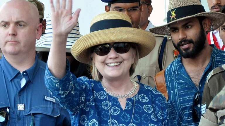 Hillary Clinton walks out of Jodhpur Airport upon