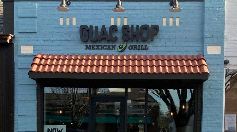 Guac shop mexican grill opens in garden city newsday for Mexican restaurant garden city