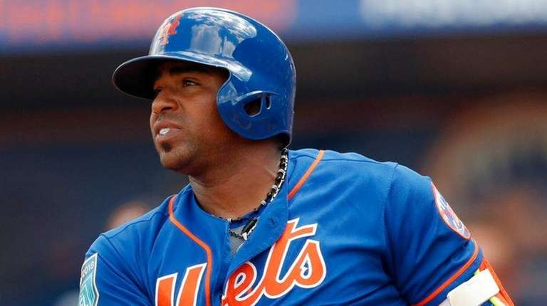 Yoenis Cespedes is day-to-day with a sore right