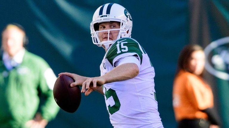 The Jets are bringing back 38-year-old quarterback Josh