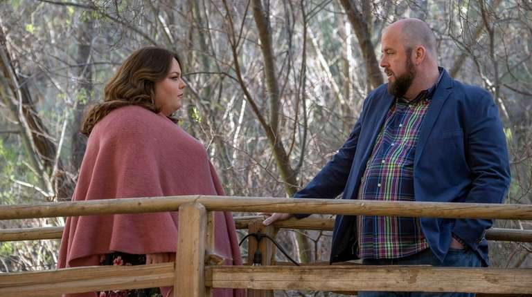 Chrissy Metz and Chris Sullivan in the season