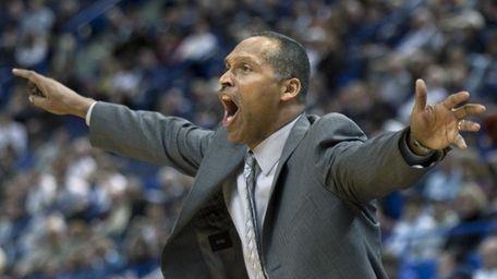 St. John's coach Norm Roberts (Jan. 20, 2010)
