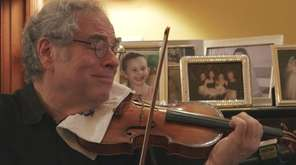 Itzhak Perlman at home in