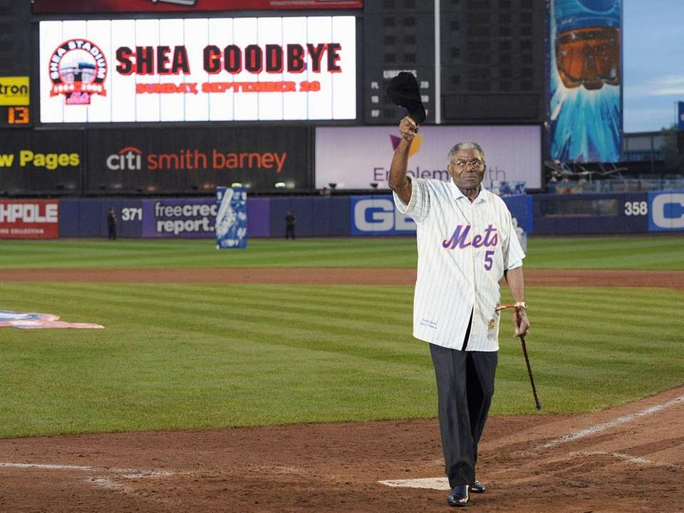 The former Mets third baseman and poet laureate