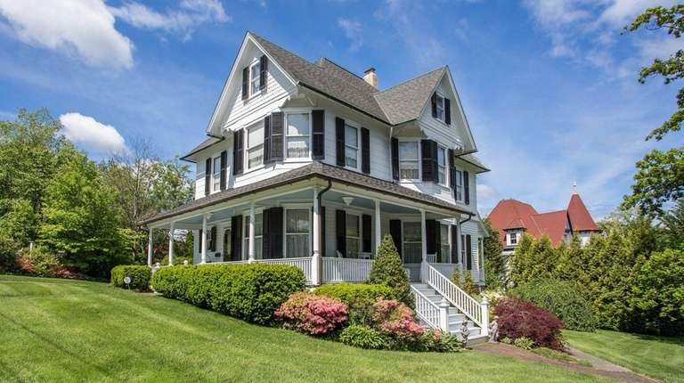 The Port Jefferson home was built in 1889.