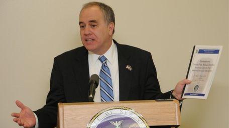 New York State comptroller, Thomas DiNapoli, announces