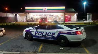 Suffolk County police respond to a 7-Eleven on