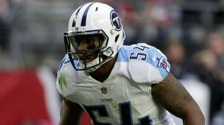 Tennessee Titans inside linebacker Avery Williamson (54) during