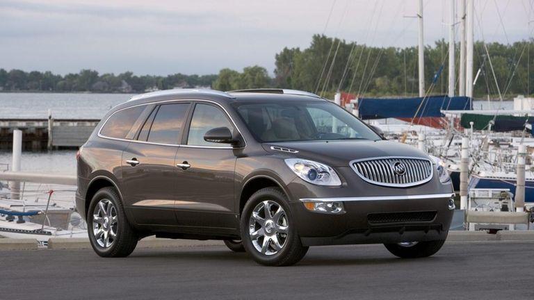The 2010 Buick Enclave CXL
