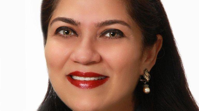Nandini Bhuchar of Ronkonkoma has joined Douglas Elliman