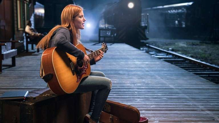 Bella Thorne has musical talent -- and a