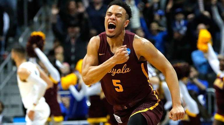 new product 38605 22e76 NCAA Tournament: Loyola-Chicago's improbable run continues ...