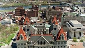 Gov. Andrew M. Cuomo and state lawmakers are