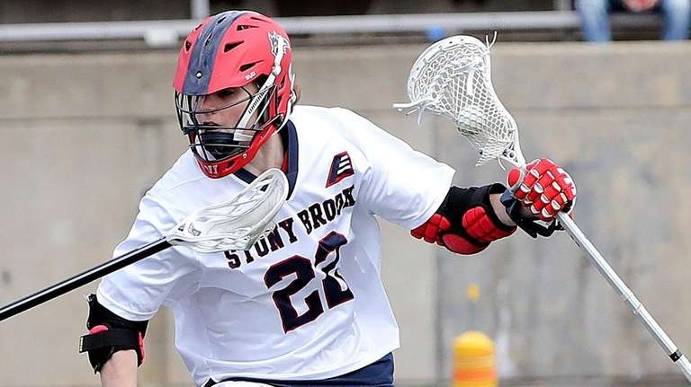 Stony Brook attack Tom Haun (22) works the