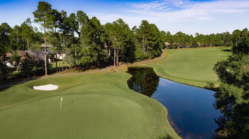 Legends Resorts Parkland #11 golf course