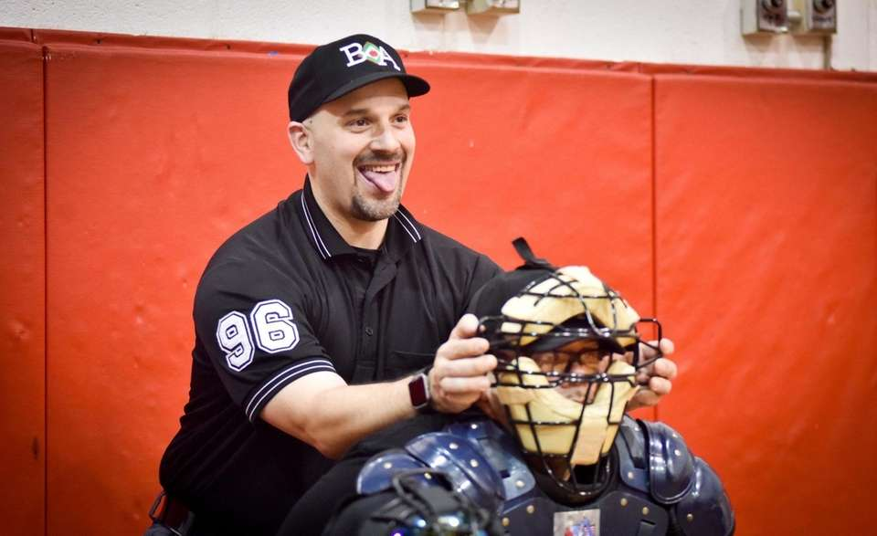 Big Apple Umpire School instructor Steve Callahan has