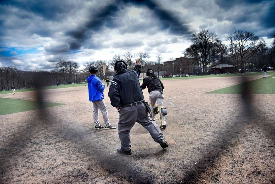 Big Apple Umpire School students and instructors take