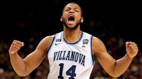 Villanova forward Omari Spellman celebrates during the first