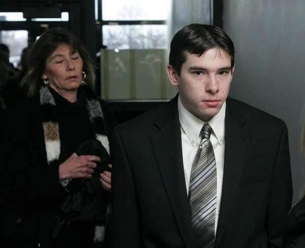 Jordan Dasch arrives in court in Riverhead. (Jan.