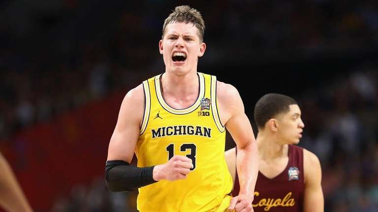 Moe Wagner carries Michigan Basketball to National Title Game