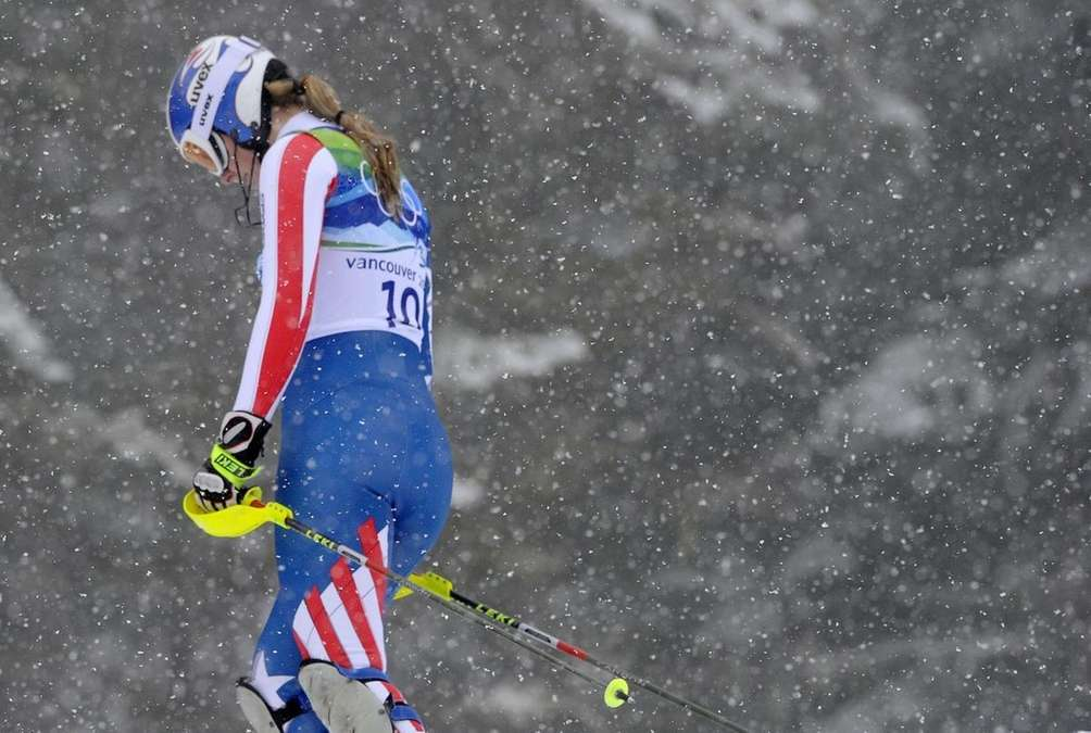 A disappointed Lindsey Vonn reacts after missing a