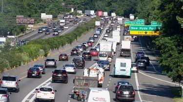 Traffic in Manhasset on the westbound LIE on