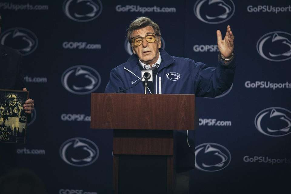 Al Pacino plays former Penn State coach Joe