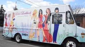 Lola's Lookbook, a fashion-by-appointment mobile boutique, has been