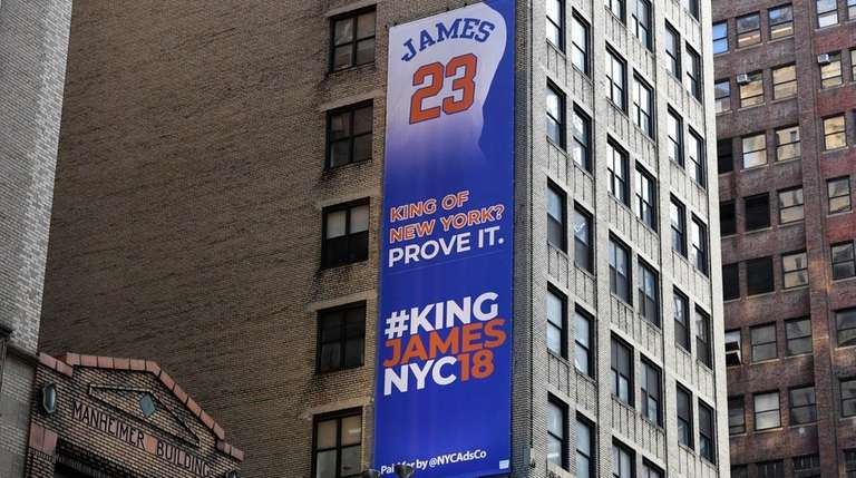 Banner Outside Madison Square Garden Dares Lebron James To Sign