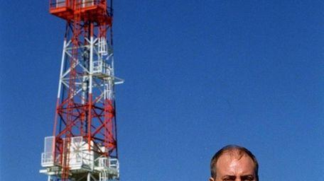 Glenn Duffy stands in 1998 near Newark Liberty