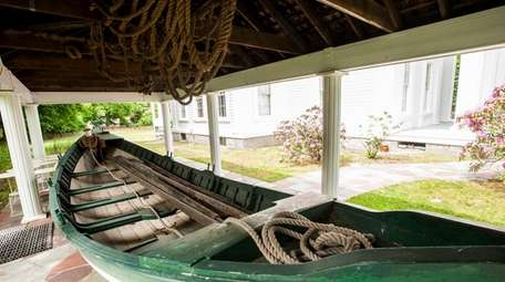 A replica of a whaleboat outside the Sag