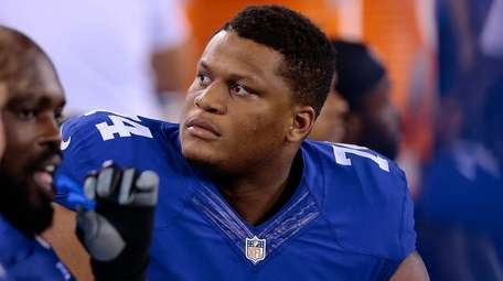 Giants offensive lineman Ereck Flowers on the bench
