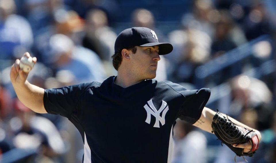 New York Yankees starting pitcher Phil Hughes (65)