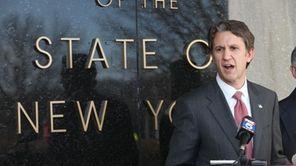 Congressman Rick Lazio receives the endorsement of Joseph
