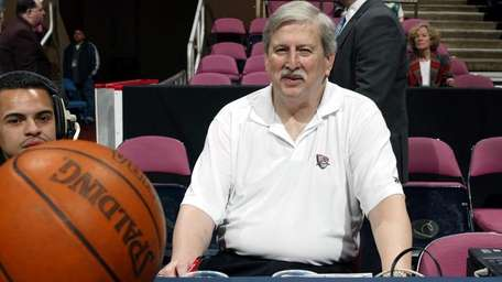 Herb Turetzky has been the official scorer for