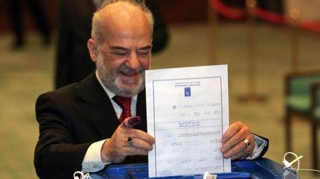 Former Iraqi prime minister Ibrahim al-Jaafari casts his